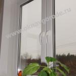 Пластиковые окна в Курске с ручками ROTO SWING и подоконниками Меллер цв.ВЕНГЕ глянец