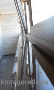Отделка балкона. Установлен ПРЕМИУМ подоконник в цвет оконных рам (1)