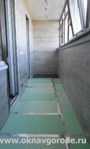 Отделка балконов в Курске. Укладка электрического теплого пола + настил ламината (1)